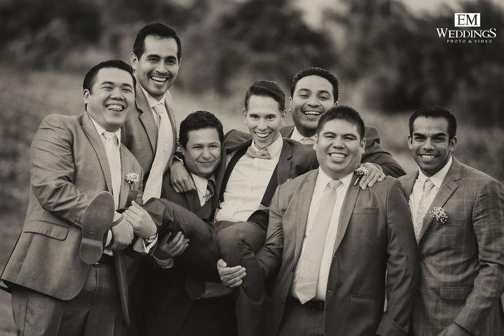 Black & White Moments. #emweddingsphotography #destinationweddings