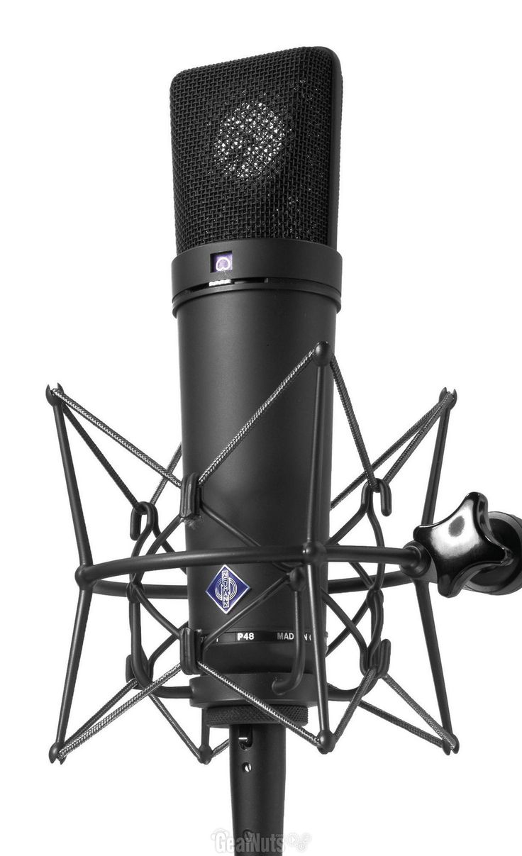One of the most famous #mics in the biz. The #Neumann #U87. Another mic I often use. This one is a special edition black version. The one I usually use is the standard silver looking one.