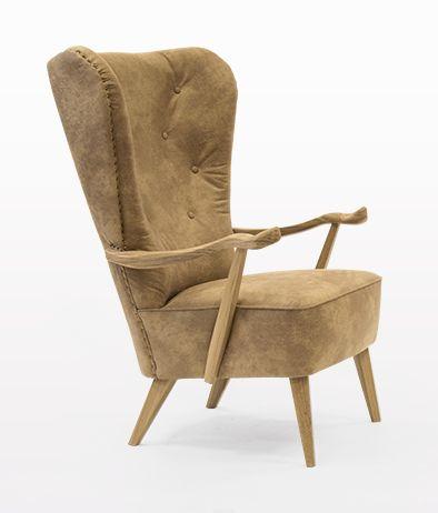 Fotel William z kolekcji Line PREMIUM to połączenie elegancji i komfortu. Wykonany z najwyższej jakości drewna dębowego wykończonego woskiem. Obity najwyższej jakości skórą.  #komeb #wystrój #wnętrze #komeb #aranżacja #fotel #skóra #urządzanie #inspiracje #pokój dzienny #projektowanie #projekt #design #room #home #meble #pokój #pokoj #dom #mieszkanie #jasne #oryginalne #kreatywne #armchair #chair #nowoczesne #proste #wypoczynek #HomeDecor #fruniture #design #interior #naturalne #stół