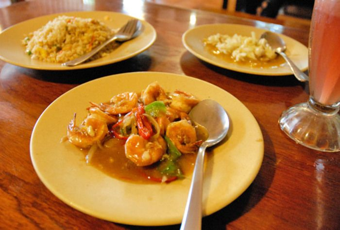 【バリ島】現地の食事を満喫するならココしかない!バリの大人気大衆食堂・ワルン5選