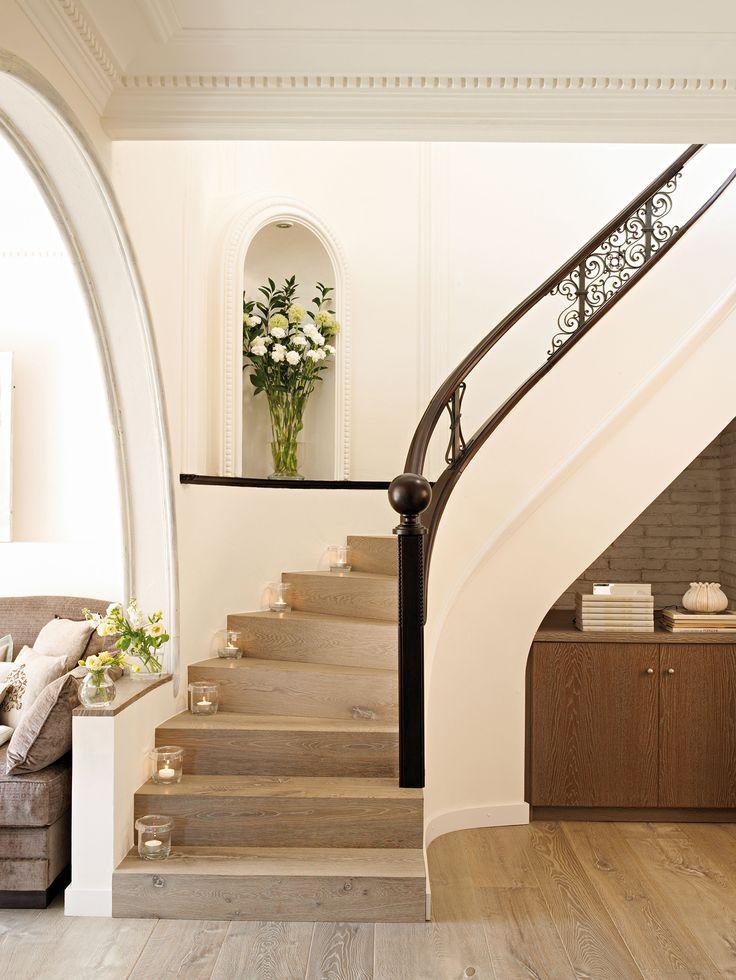 M s de 25 ideas incre bles sobre escalera de hierro en - Escaleras de cristal y madera ...