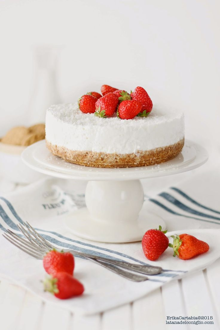 yogurt cheesecake with coconut and strawberries
