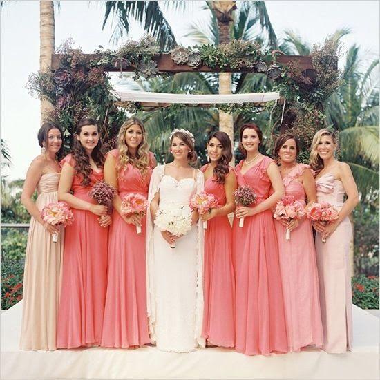Blog Vida Nova Noiva: Madrinhas com vestido padronizado