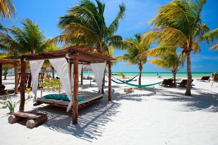 Los rincones más románticos de México para recién casados - Holbox  - bodas.com.mx  #honeymoon #lunademiel