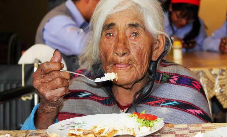 Pérou : Filomena Taipe touche sa première pension retraite meurt à 117 ans et en meurt - 07/04/2015 - http://www.camerpost.com/perou-filomena-taipe-touche-sa-premiere-pension-retraite-meurt-a-117-ans-et-en-meurt-07042015/?utm_source=PN&utm_medium=CAMER+POST&utm_campaign=SNAP%2Bfrom%2BCamer+Post