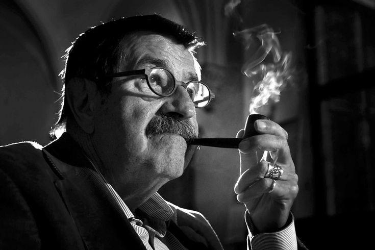"""Günter Grass, lauréat du prix Nobel de littérature en 1999 est décédé lundi, le 13 avril 2015. Considéré comme l'un des plus grands écrivains contemporains de langue allemande, il est principalement connu pour son roman """"Le tambour"""".  -- http://biblio.ville.saint-eustache.qc.ca/search~S2*frc/?searchtype=X&searcharg=gunter+grass&searchscope=2&sortdropdown=-&SORT=DZ&extended=1&SUBMIT=Chercher&searchlimits=&searchorigarg=Xgunter+grass"""