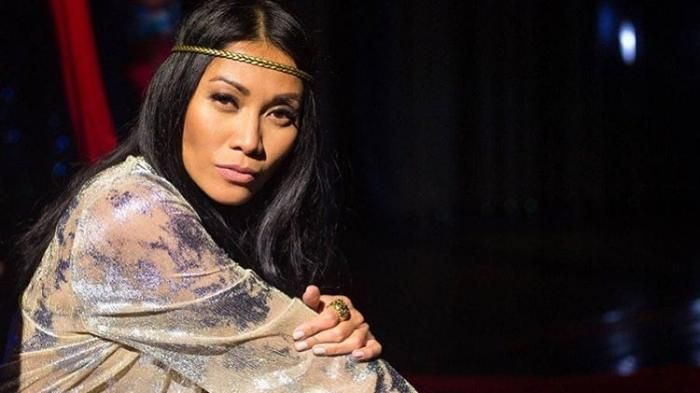 Fashion Anggun C Sasmi - Astaga! Arloji Diva Ini Seharga Setengah Milyar, Netizen: Bisa Beli Rumah!