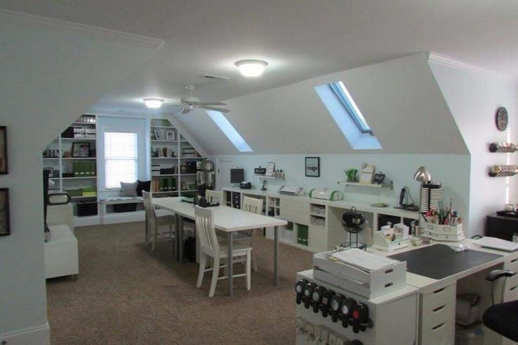 attic craft room ideas 25 best ideas about attic craft rooms on in 3394