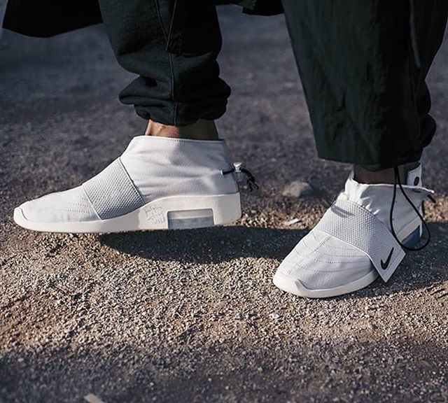 Nike Air Fear Of God Moccasin Size Man