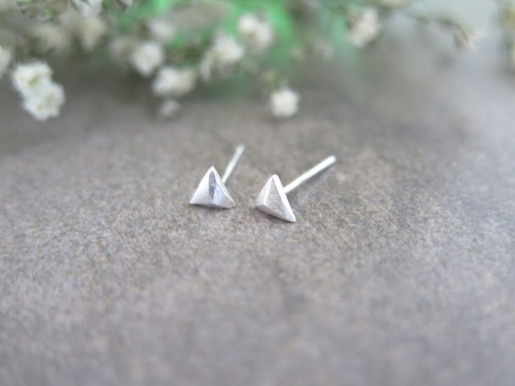 925 Sterling Silver Earrings/Tiny triangle studs Earrings with gift box/ Simple triangle  stud /  triangle earrings /  triangle earrings by thinlight on Etsy