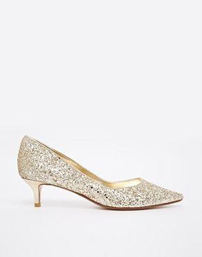 68 best images about brautschuhe on pinterest wedding shoes oscar de la renta and satin. Black Bedroom Furniture Sets. Home Design Ideas