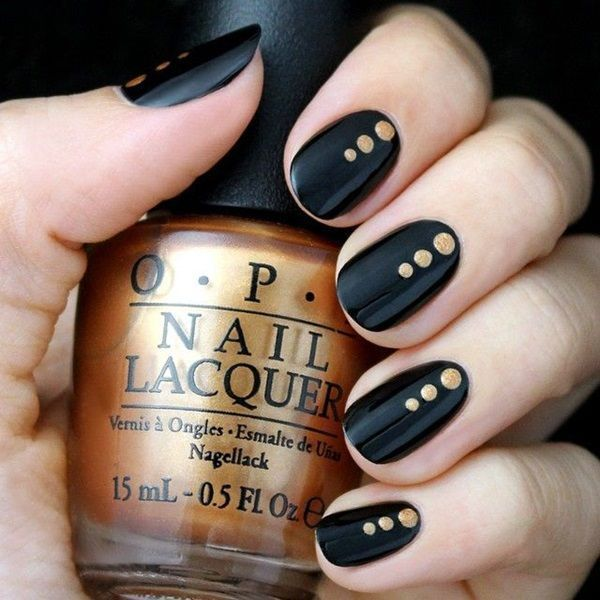 uñas negras con dorado 2016                              …