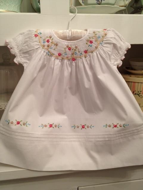 smocked baby clothes images - Pesquisa Google
