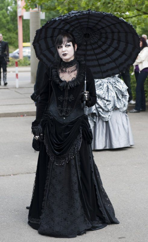 Especially fond of the skirt, though the whole look is stunning.