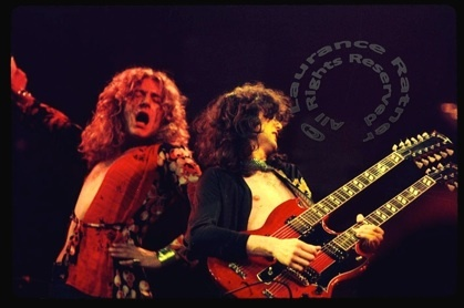 Golden gods: Led Zeppelin, Classic Rocks, Mighty Led, Ledzeppelin, 1970S Hairstyles, Rocks Songs, Favorite Musicians, Robert Plants, Beautiful People