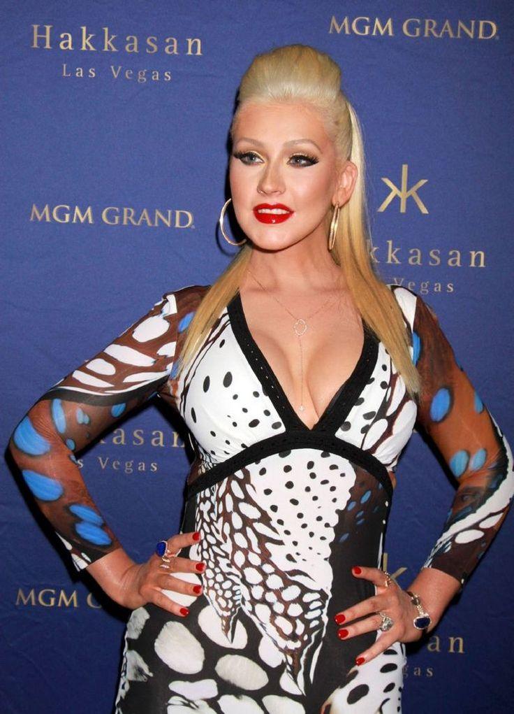 Christina Aguilera - Hakkasan Nightclub's 2ndAnniversay : Global Celebrtities (F) FunFunky.com