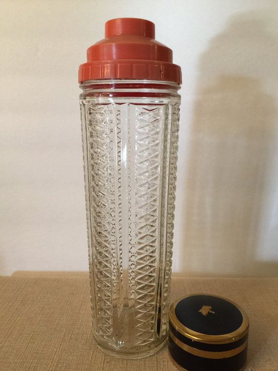 Vintage Cocktail Shaker  Medco 550 N.Y.C.  by PineStreetPickers