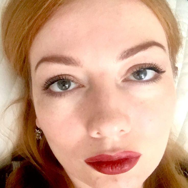 Привет, красавицы! �� Как и обещала, показываю вам #макияж с тенями #naked и помадой #kyliecosmetics в оттенке Leo �� Данный макияж не на каждый день ( хотя молодёжь сейчас и так красится ), а на особенный случай, который может случится в любой момент �� Как вам оттенок помады , мне идёт ? Фото можно листать ��  P.s. Тушь от Clinique chubby lash…