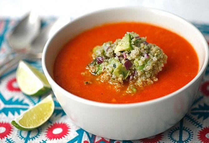 Sültpaprika krémleves quinoával és avokádóval
