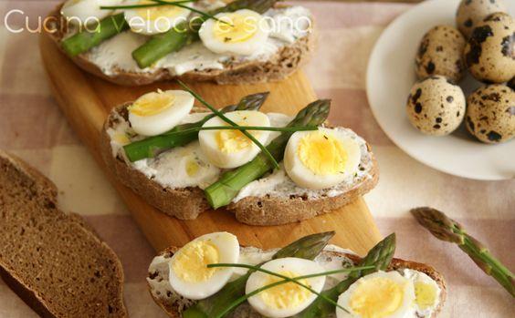 Bruschette con asparagi e uova di quaglia