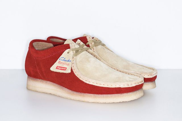 SUPREME x CLARKS WALLABEE PACK