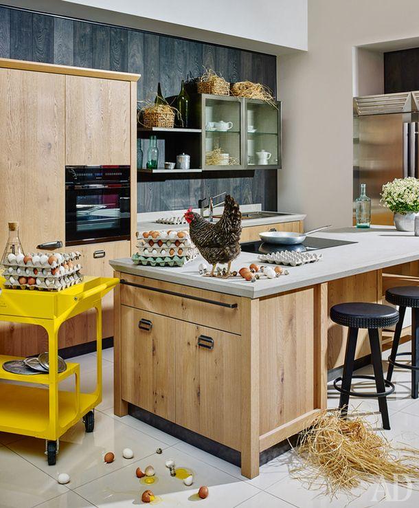 Кухня, итальянский кварц Okite, шпон дуба, Diesel forScavolini, цена позапросу.