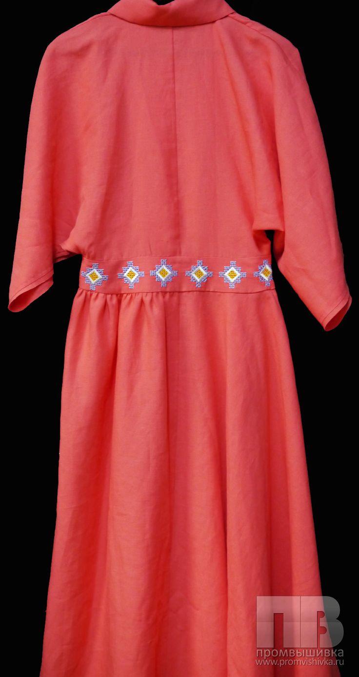 Вышивка крестиком на платье