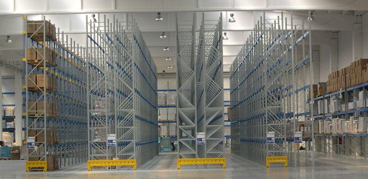 Scaffali Porta Pallet: stoccaggio ottimizzato e sicuro nel magazzino