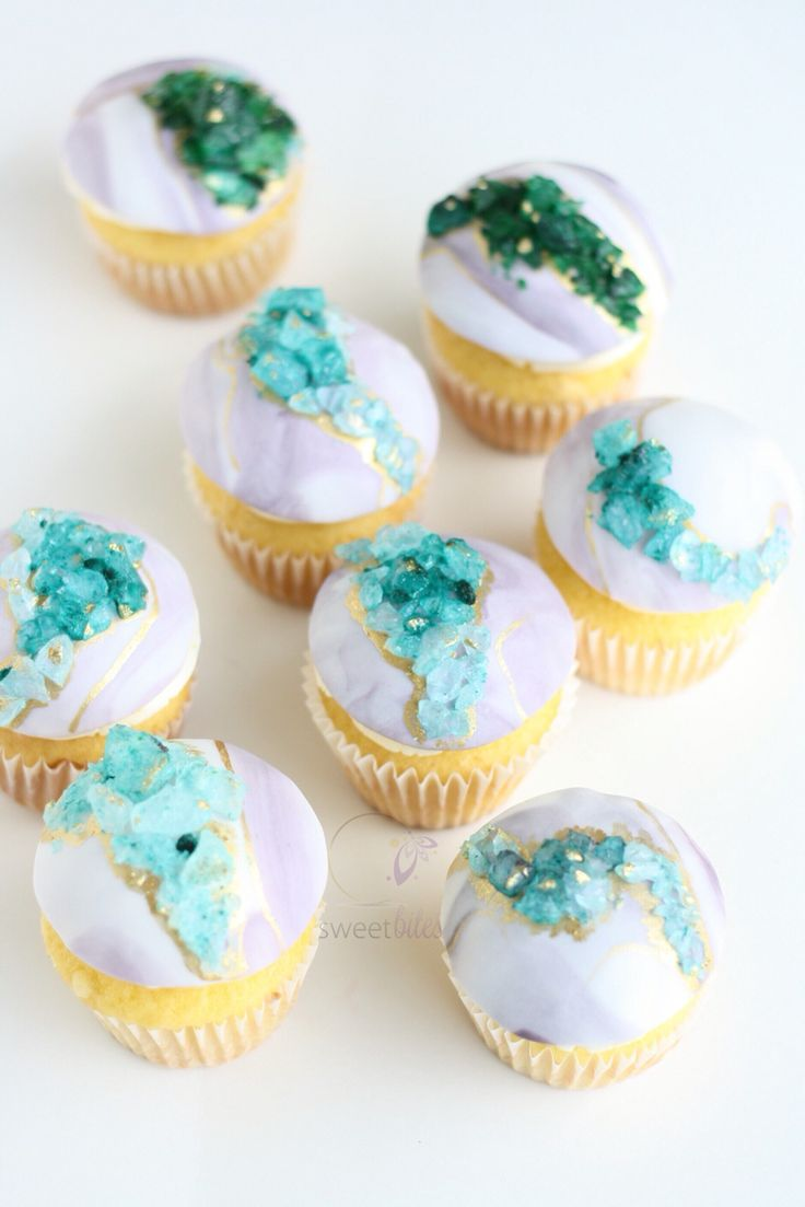 Marbled Geode topped cupcake toppers. Combining popular 2016 cake trends!