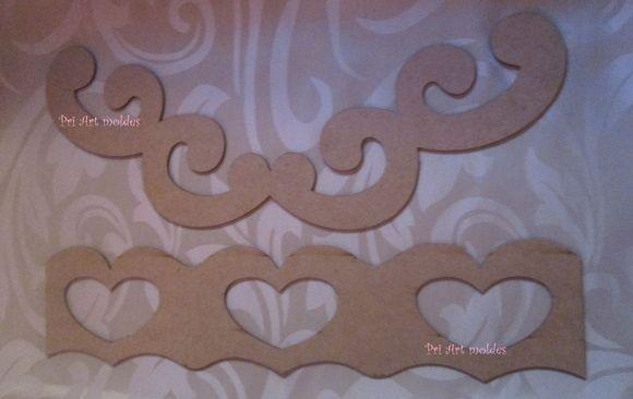 2 Réguas em mdf medindo 45 cm de largura    Reguas modelos usadas para barradinho de pano de copa, usado em patch aplique e pintura em tecido, pode ser usada em outras peças, como tapete emborrachado, toalha de banho, entre outros, é só riscar seguindo as linhas de referencia e pintar ou costurar