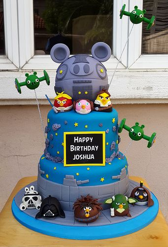 Angry Birds Star Wars Cake!