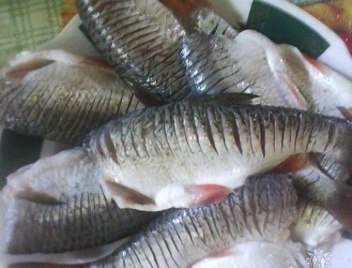 Как же получить жаренную рыбу без костей? Вы знаете такой маленький секрет жарки рыбы? Теперь можете покупать рыбу и с мелкими костями - вы их не почувствуете, а как это сделать? Рецепт этот подойдёт ...
