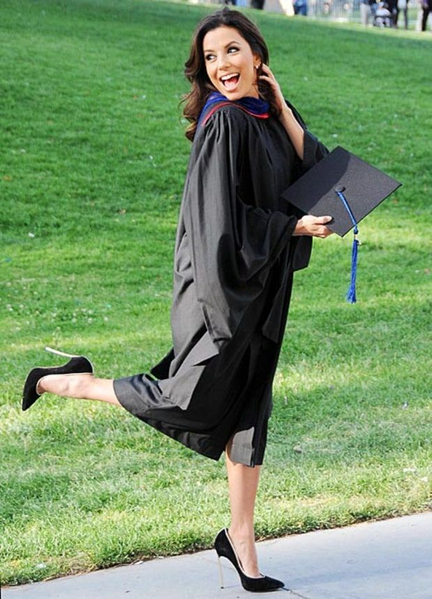 Eva Longoria Graduates With a Master's Degree in Chicano Studies - Us Weekly