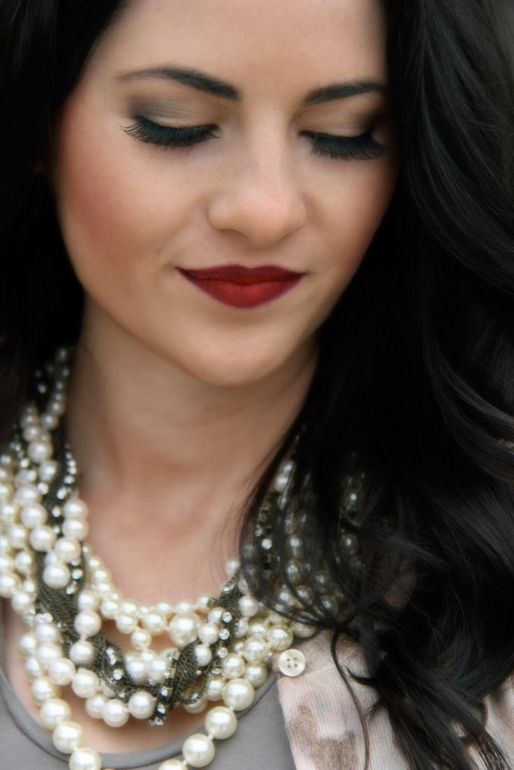 Red Lips + Pearls