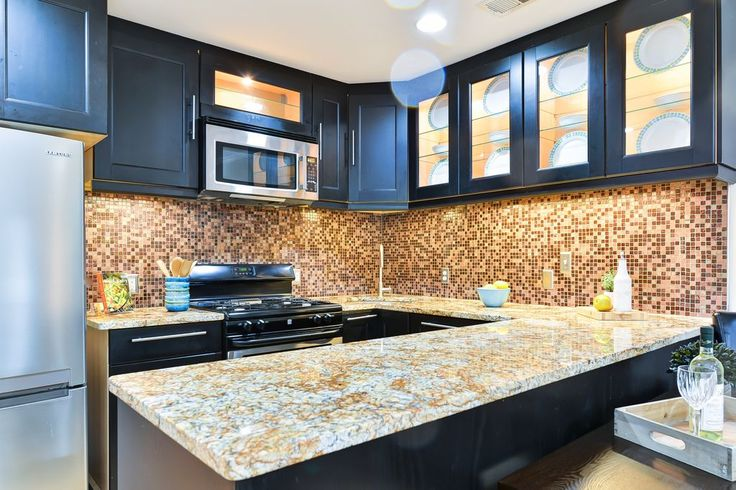 Best Traditional Kitchen With Aspen White Granite Countertop 400 x 300