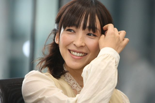 """Kumiko Asou , Japanese Actress / I watched """"Cafe ISOBE"""" and """"Seaside Motel"""" in which she appeared, and took to her."""