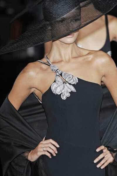 Gorgeous Love The Hat | Via  ~LadyLuxury~