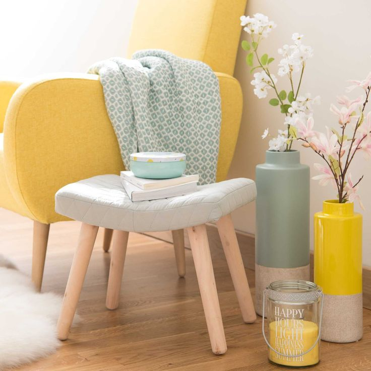 Yellow and mint living room corner | LAPLAND stool with light grey fabric | Maisons du Monde