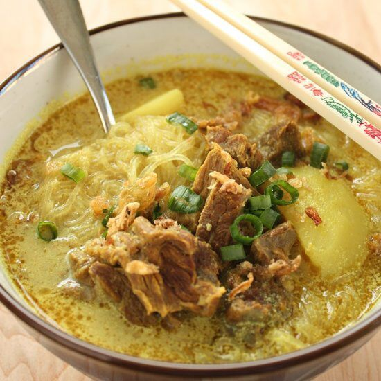 Medan rice noodles curry