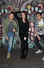 Hailee Steinfeld is seen as she joined to Jingle Ball After Party http://celebs-life.com/hailee-steinfeld-seen-joined-jingle-ball-party/  #haileesteinfeld