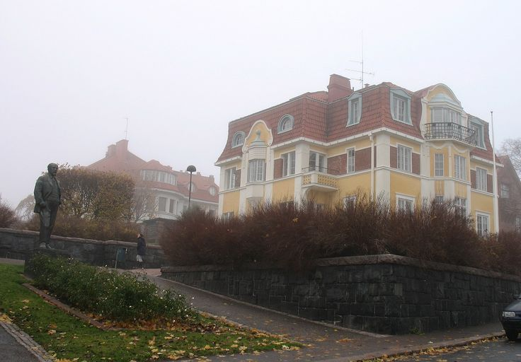 There are beautiful houses in Eira, Helsinki.