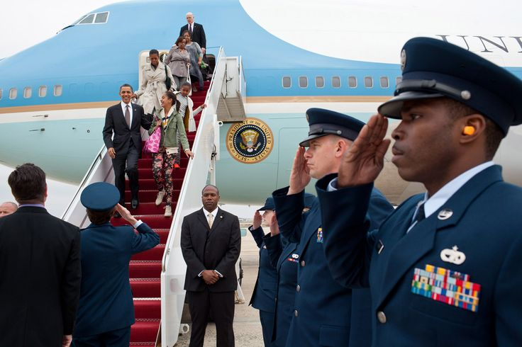 President Barack Obama, First Lady Michelle Obama, and daughters Malia and Sasha…
