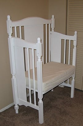 Recycle old baby crib and turn into a bench. I love this idea!!