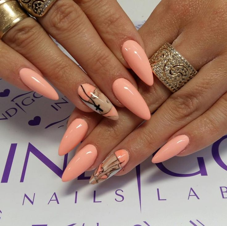Gel Brush Veni Vidi Peachy + Pure White by Paula, Madeleine Studio, Indigo Wrocław #nails #nail #indigo #bad #icon #badmani #spring #pastel #cool