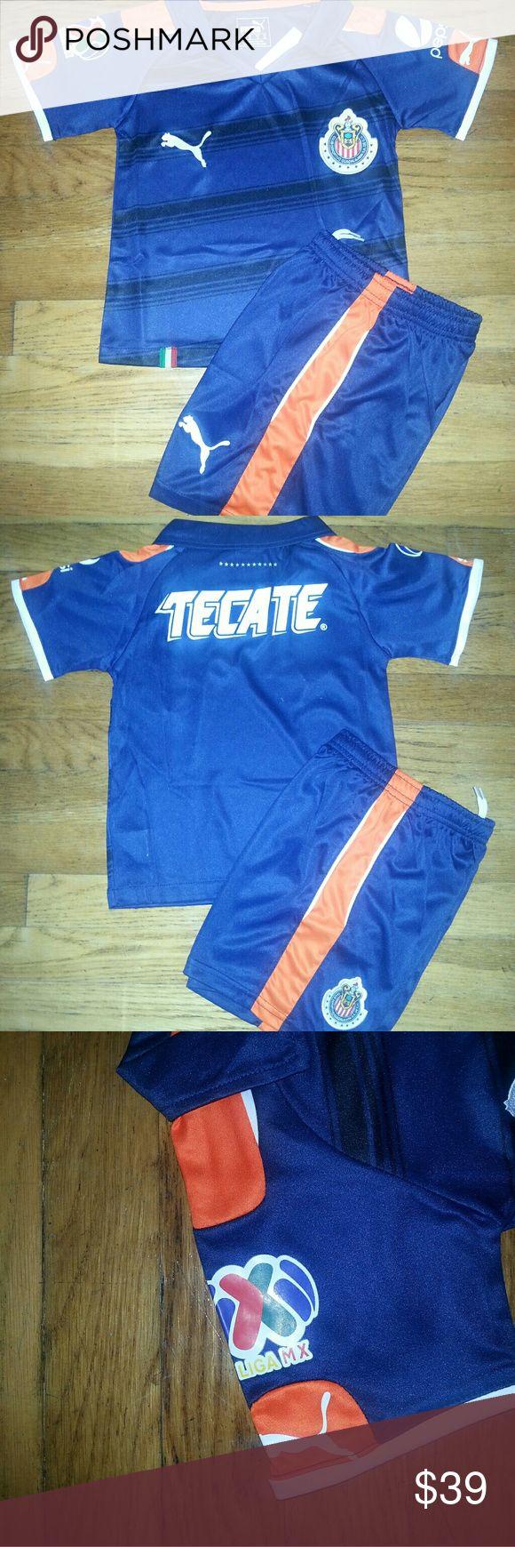 Chivas de Guadalajara Mini Soccer Kit 2017 Ezact repluca , includes Jersey and shorts.  Season 2017 , no number. Puma Shirts & Tops Tees - Short Sleeve