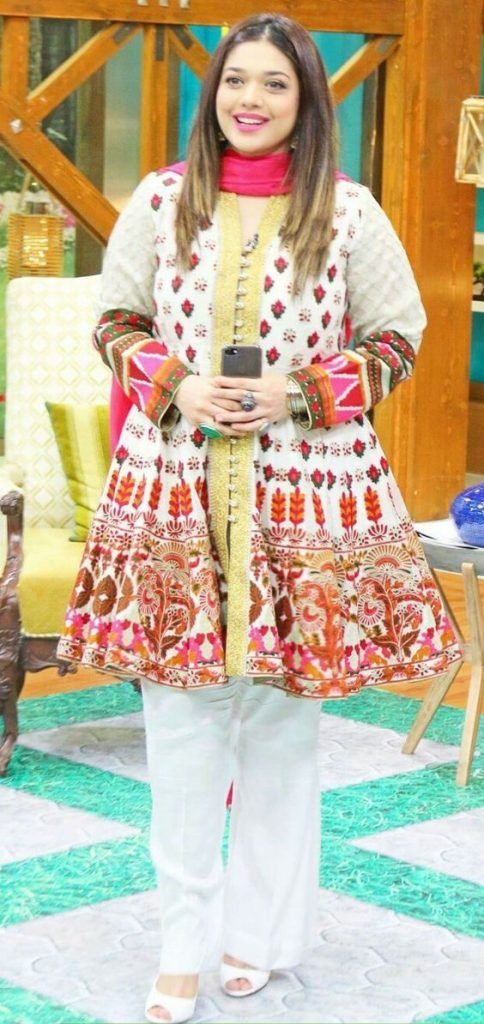 e58d7aa74 Latest Pakistani Party Dresses and Frock Designs 2018