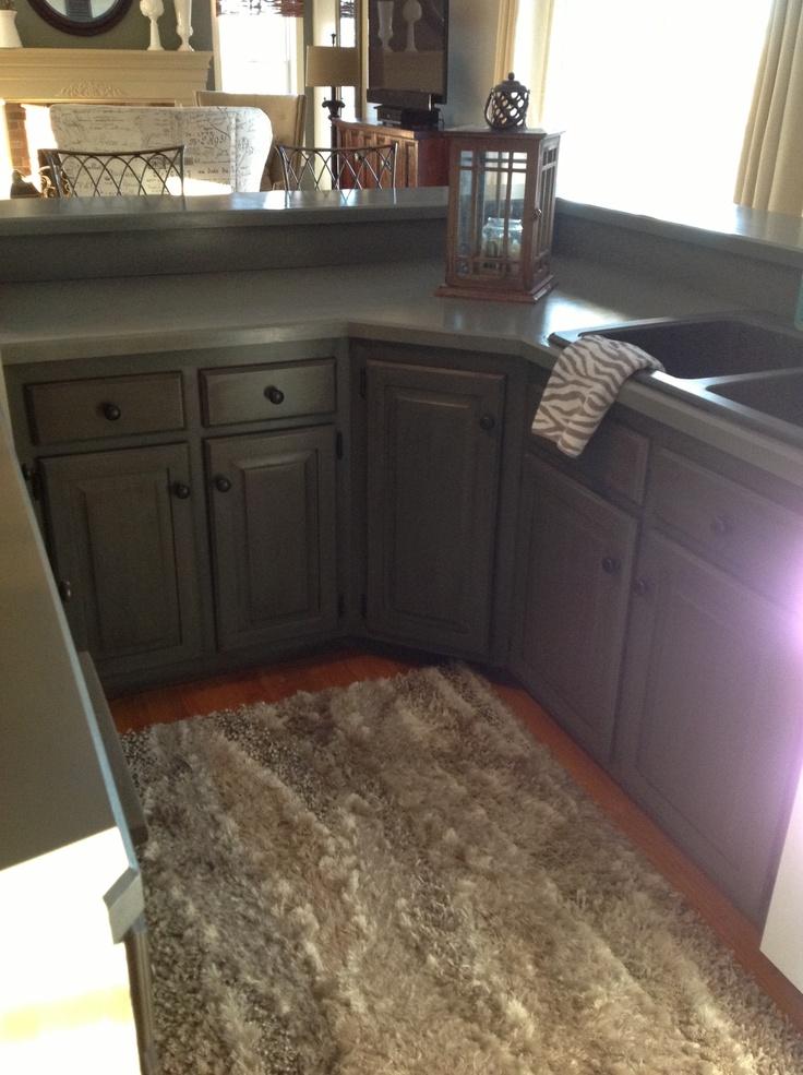 Kitchen Sink Back Black Tar