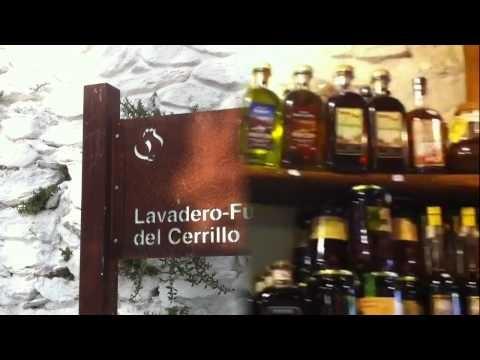 Compartimos muchos de nuestros sentimientos que vivimos hace unos días en La Alpujarra de Granada - Andalucia. Visitamos muchos lugares como Pampaneira, Trevélez, Bubion, Almegijar, Òrgiva, Berchules, Torvizcón, Lanjarón, Hotel Alcadima Lanjaron, Balneario hotel Lanjarón y el museo de la miel. Hotel Alcadima Lanjarón. www.marioschumacher.com