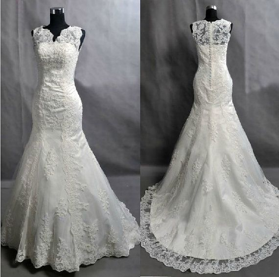Absolutely love! (Custom V Neck  Mermaid Lace Wedding Dress/Bridesmaids Dress/Prom Dress K037 on Etsy, £261.93)