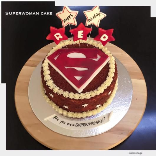 SuperWomanCAke01